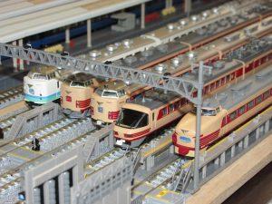 昨日は鉄道模型の運転会に参加させていただきました。