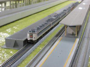 寒い、こんな日はお家で鉄道模型でもしませんか?